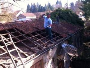 réparation de toiture {ville71}